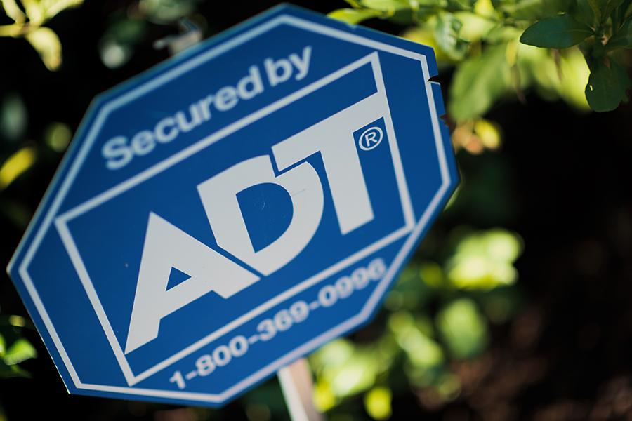 Frontpoint vs ADT